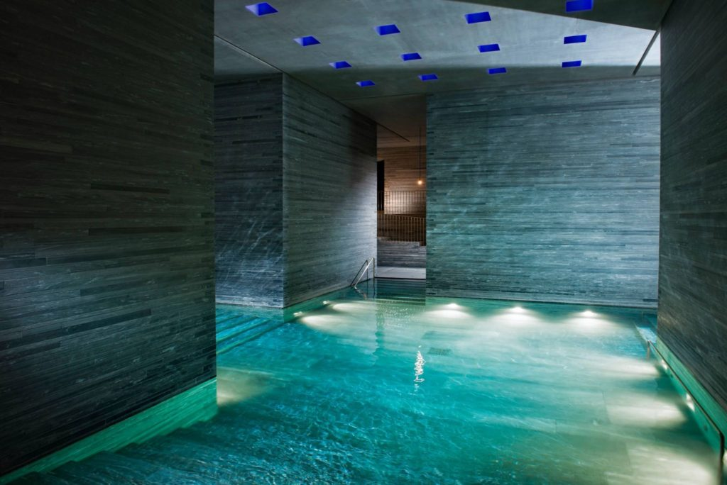 Jak jsme strávili 24 hodin v nejkrásnějším SPA hotelu ve Švýcarsku